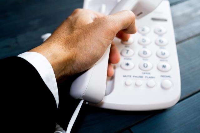 マスコミからの電話のイメージ写真
