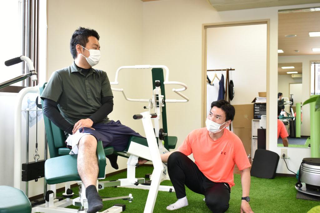 股関節のトレーニングの写真